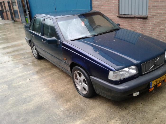 Volvo 850 van 1995 met 380915 kilometer