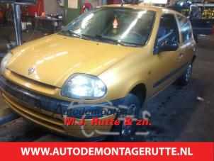 Demontage auto Renault Clio 1998-1998 200267