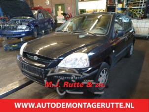 Demontage auto Kia Rio 2000-2005 204245