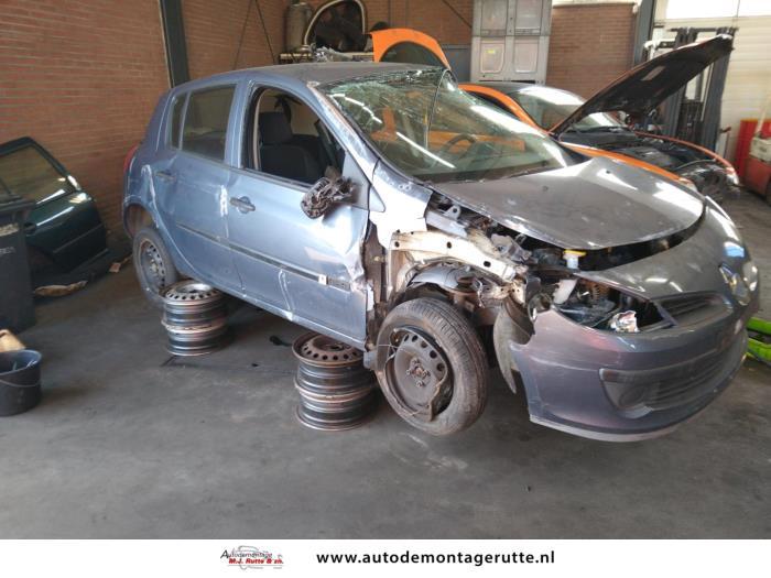 Demontageauto Renault Clio 2005 2014 204665 5