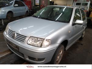 Demontage auto Volkswagen Polo 1999-2001 210005