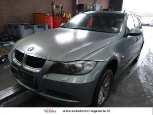 Demontage auto BMW 3-Serie 2004-2012 210443