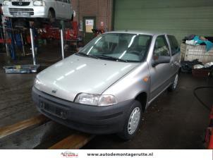 Demontage auto Fiat Punto 1993-2000 210543