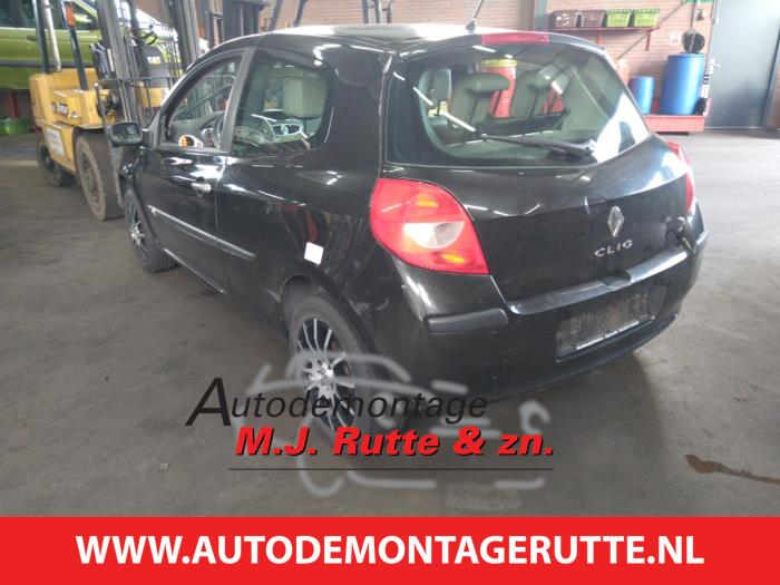 Demontageauto Renault Clio 2005 2014 211282 4