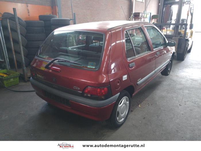Demontageauto Renault Clio 1990 1998 211315 3