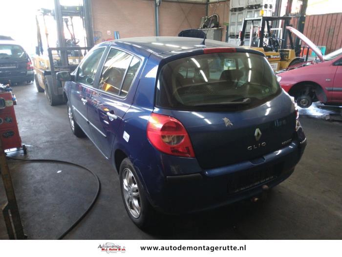 Demontageauto Renault Clio 2005 2014 212025 4