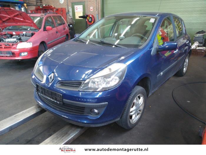 Demontageauto Renault Clio 2005 2014 212025 1