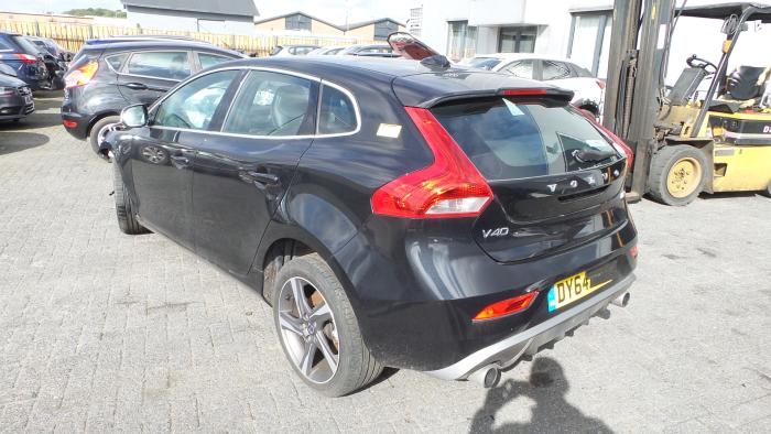 Volvo<br/>V40