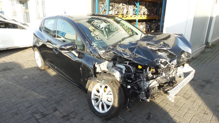 Renault<br/>Clio