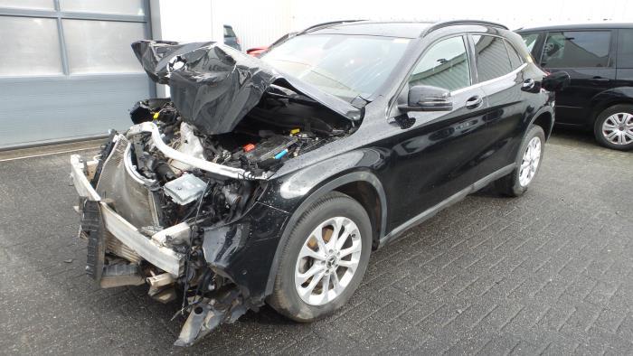 Mercedes<br/>GLA-Klasse