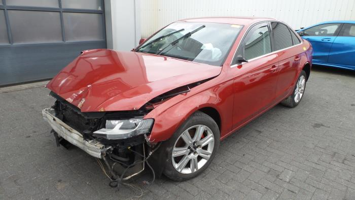 Audi<br/>A4