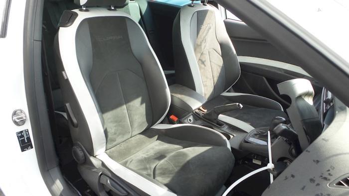 Seat Leon SC (5FC), Hatchback, 2012<br><small>2.0 TSI Cupra 280 16V, Hatchback, Benzine, 1.984cc, 206kW, FWD, CJXA, 2013-10 / 2016-11</small>