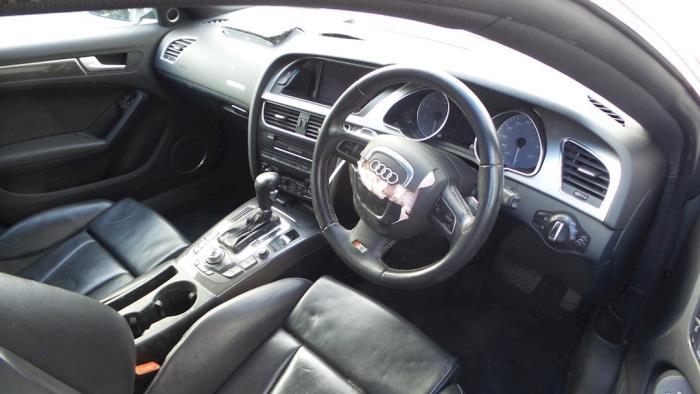 Audi S5 Sportback, Hatchback 5-drs, 2010<br><small>3.0 TFSI V6 32V, Hatchback, 4Dr, Benzine, 2.995cc, 245kW, 4x4, CAKA; CGWC; CGXC; CTUB; CREC; CTDA, 2010-01 / 2017-01</small>