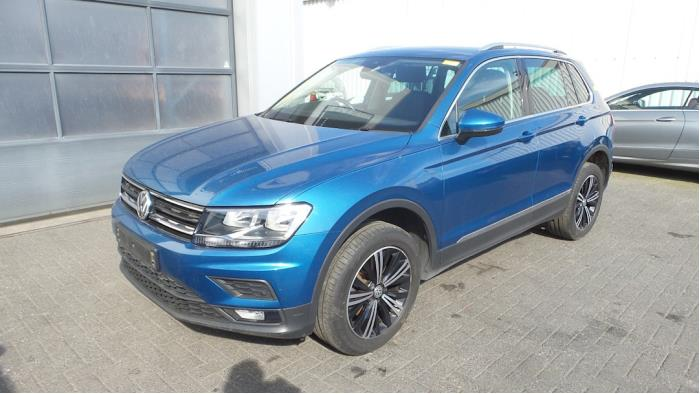 Volkswagen<br/>Tiguan 2.0 TDI 16V BlueMotion Techn.SCR 4Motion 2016-01 / 0-00