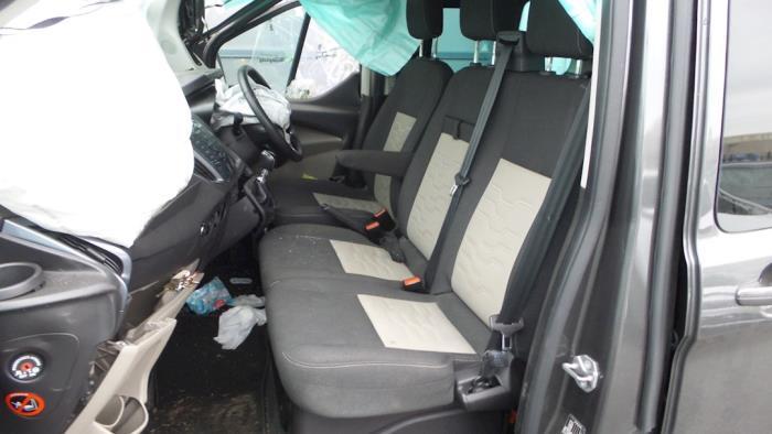 Ford Tourneo Custom, Bus, 2012<br><small>2.2 TDCi 16V, Bus, Diesel, 2.198cc, 92kW, FWD, CYFF; CYF4, 2012-12</small>