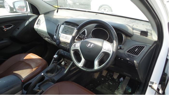 Hyundai iX 35 (LM), SUV, 2010 / 2015<br><small>2.0 CRDi 16V, SUV, Diesel, 1.995cc, 135kW, FWD, D4HA, 2012-01 / 2015-09, F5D11</small>