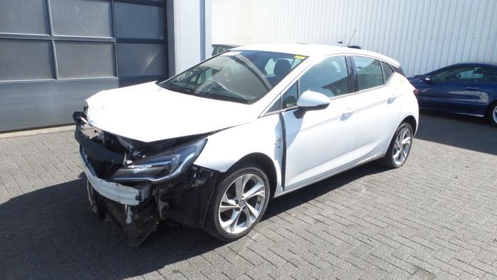 Opel<br/>Astra 1.0 SIDI Turbo 12V 2015-06 / 0-00