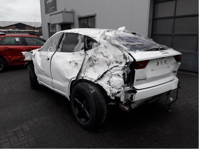 Jaguar E-Pace, SUV, 2017<br><small>2.0 D 180 16V AWD, SUV, Diesel, 1.999cc, 132kW (179pk), 4x4, 204DTD, 2017-09, DFB507; DFB508; DFB509; DFB510; DFB517; DFB518; DFB519; DFB520; DFB527; DFB529; DFB530; DFB531; DFB532; DFD503; DFD504; DFD507; DFD508</small>