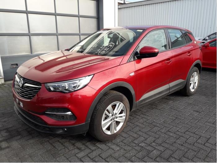 Opel<br/>Grandland X 1.5 CDTI 130 1804-00 / 0-00