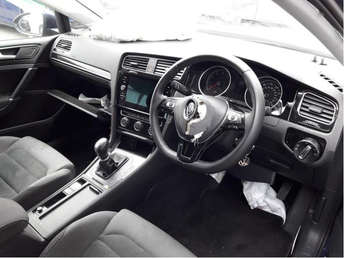 Volkswagen Golf VII (AUA), Hatchback, 2012<br><small>1.5 TSI Evo BMT 16V, Hatchback, Benzine, 1.495cc, 110kW, FWD, DADA; DPCA, 2017-04 / 2020-03</small>