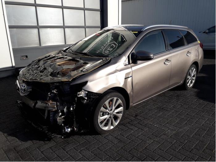 Toyota<br/>Auris 1.8 16V Hybrid 1307-00 / 1812-00