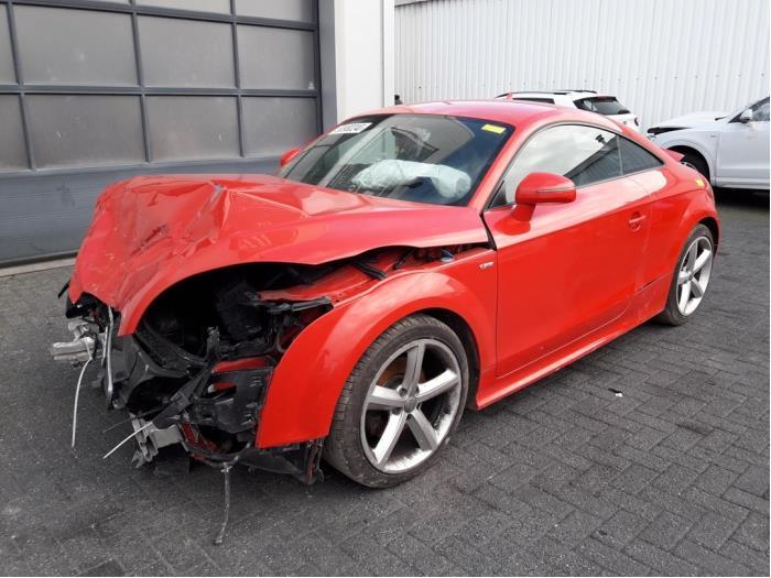 Audi<br/>TT