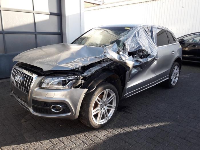 Audi<br/>Q5 2.0 TDI 16V Quattro 2008-11 / 2012-09