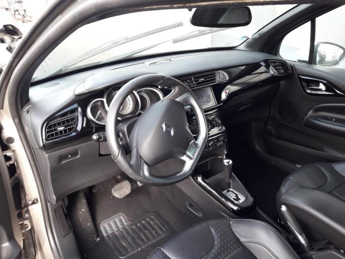 Citroen DS3 (SA), Hatchback, 2009 / 2015<br><small>1.6 VTi 120 16V, Hatchback, Benzine, 1.598cc, 88kW (120pk), FWD, EP6C; 5FS, 2010-04 / 2015-07, SA5FS</small>