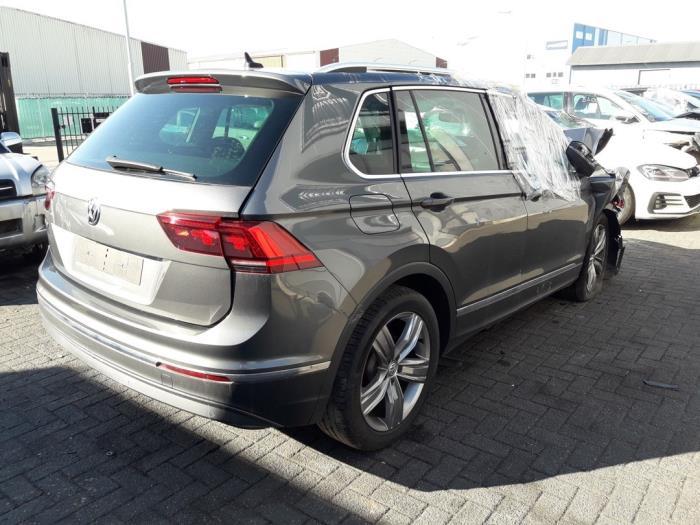 Volkswagen Tiguan (AD1), SUV, 2016<br><small>1.5 TSI 16V Evo BlueMotion Technology, SUV, Benzine, 1.495cc, 110kW (150pk), FWD, DADA; DPCA, 2018-11 / 2019-08</small>