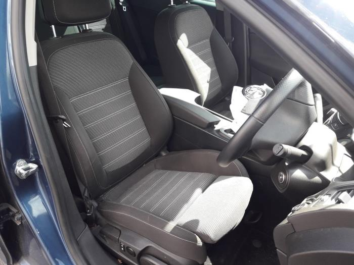 Opel Insignia Sports Tourer, Combi, 2008 / 2017<br><small>2.0 CDTI 16V 140 ecoFLEX, Combi/o, Diesel, 1.956cc, 103kW (140pk), FWD, A20DTE, 2013-07 / 2015-06</small>