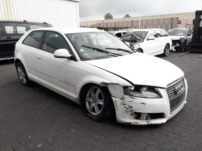 Audi A3 (8P1), Hatchback 3-drs, 2003 / 2012<br><small>1.6 TDI 16V, Hatchback, 2Dr, Diesel, 1.596cc, 77kW (105pk), FWD, CAYC, 2009-05 / 2012-08, 8P1</small>