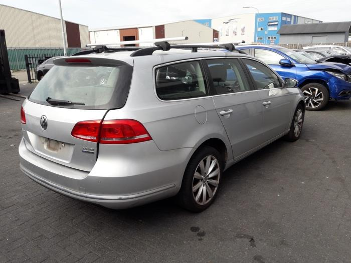 Volkswagen Passat Variant (365), Combi, 2010 / 2015<br><small>2.0 TDI 16V 140, Combi/o, Diesel, 1.968cc, 103kW (140pk), FWD, CFFB, 2010-08 / 2014-12</small>
