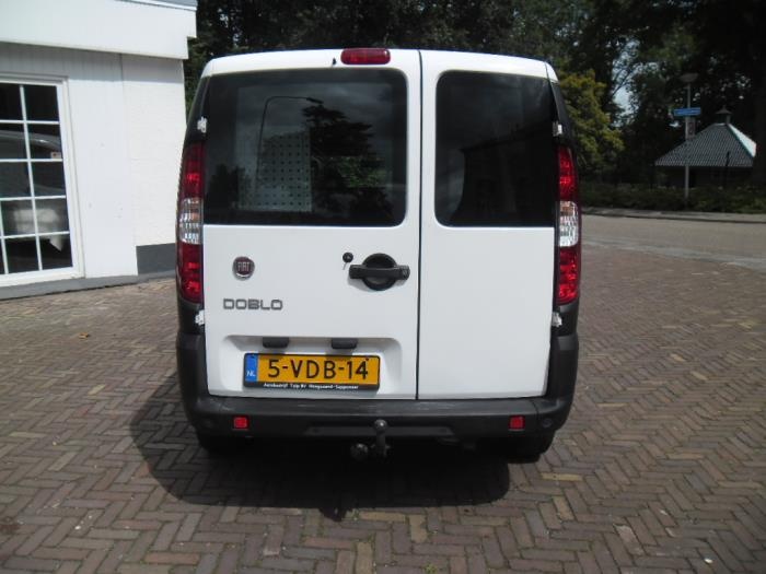 fiat doblo cargo 223 1 9 jtd multijet occasion bouwjaar 2009 kleur wit. Black Bedroom Furniture Sets. Home Design Ideas