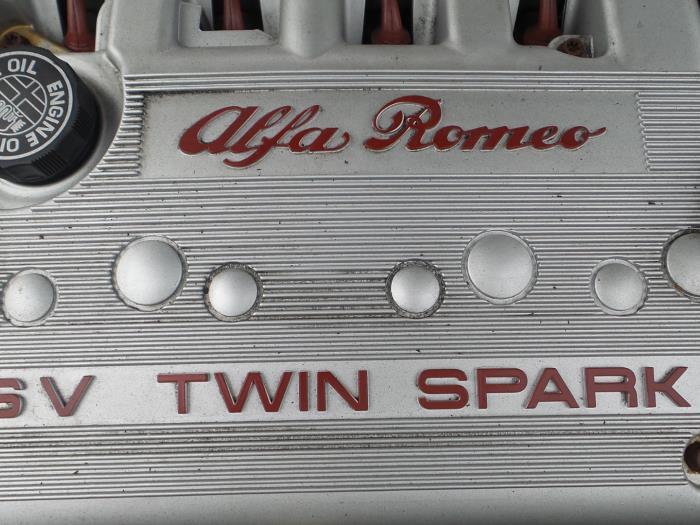 Alfa Romeo 147 (937), Hatchback, 2000 / 2010<br><small>1.6 Twin Spark Veloce 16V, Hatchback, Benzine, 1.598cc, 88kW, FWD, AR32104, 2004-10 / 2010-05, 937AXB1A</small>