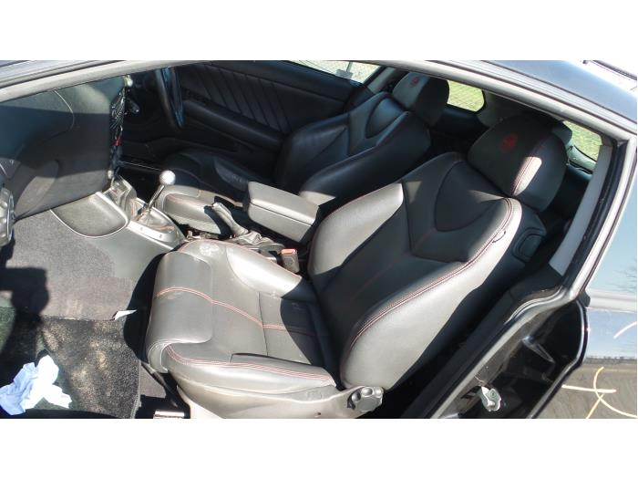 Alfa Romeo GT (937), Coupé, 2003 / 2010<br><small>2.0 JTS 16V, Coupe, 2Dr, Benzine, 1.970cc, 122kW, FWD, 937A1000, 2003-11 / 2010-09, 937CXH11; 937CXH1A</small>