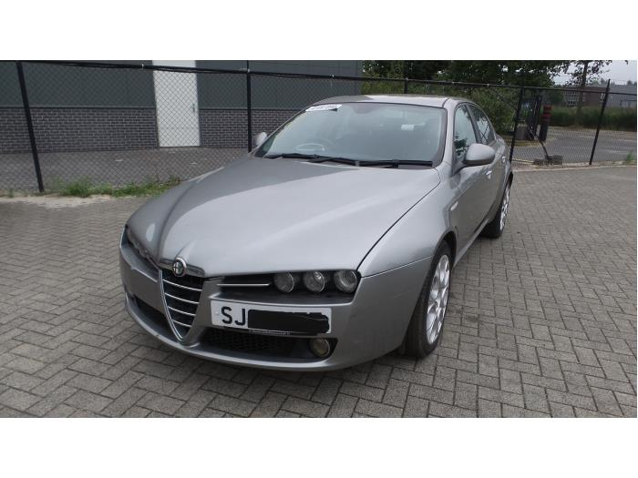Alfa Romeo 159 (939AX), Sedan, 2005 / 2012<br><small>2.4 JTDm 20V, Sedan, 4Dr, Diesel, 2.387cc, 147kW (200pk), FWD, 939A3000; EURO4, 2005-09 / 2011-11, 939AXD1</small>