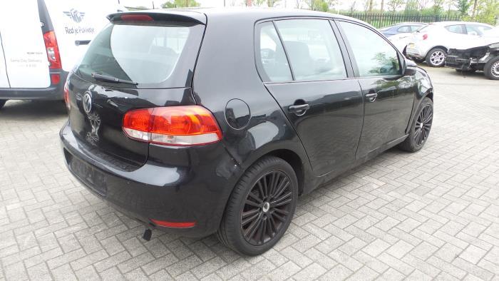 Volkswagen Golf V (1K1), Hatchback, 2003 / 2010<br><small>1.6, Hatchback, Benzine, 1.598cc, 75kW (102pk), FWD, BGU, 2004-06 / 2005-05, 1K1</small>