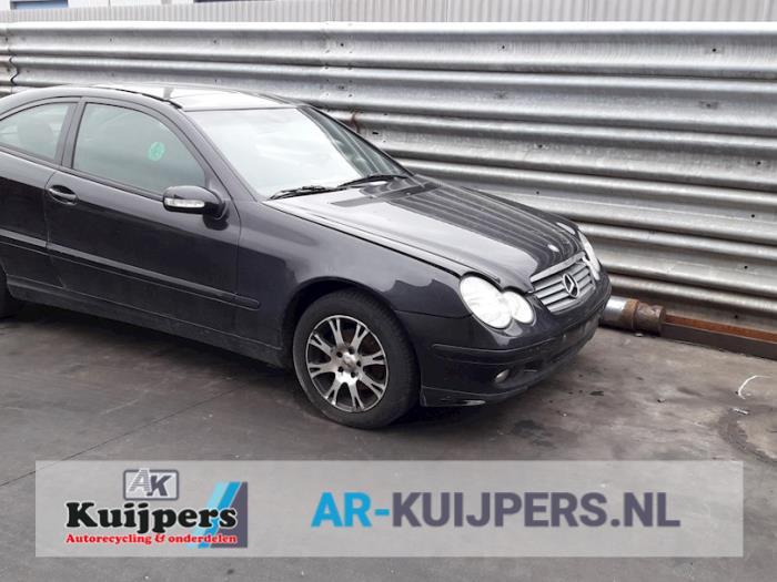 Mercedes C-Klasse 00- 2.2 C-220 CDI 16V 2001-03 / 2004-01