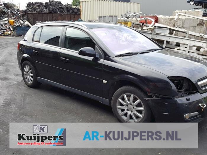Opel Signum 3.0 CDTI V6 24V 2003-05 / 2005-07