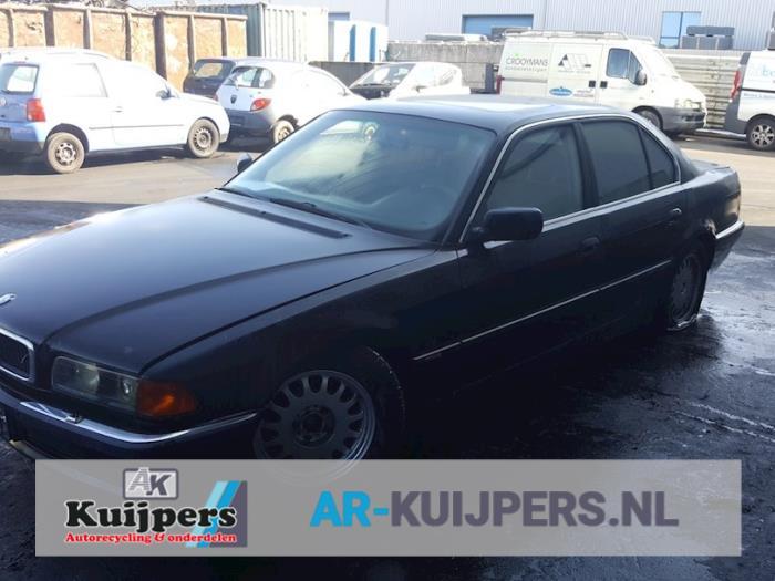 BMW 7-Serie 740i/iL 4.0 V8 32V 1994-03 / 1996-02
