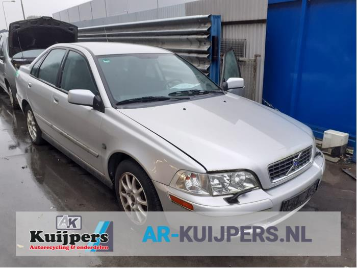Volvo S40 1.8 16V 1999-08 / 2003-12