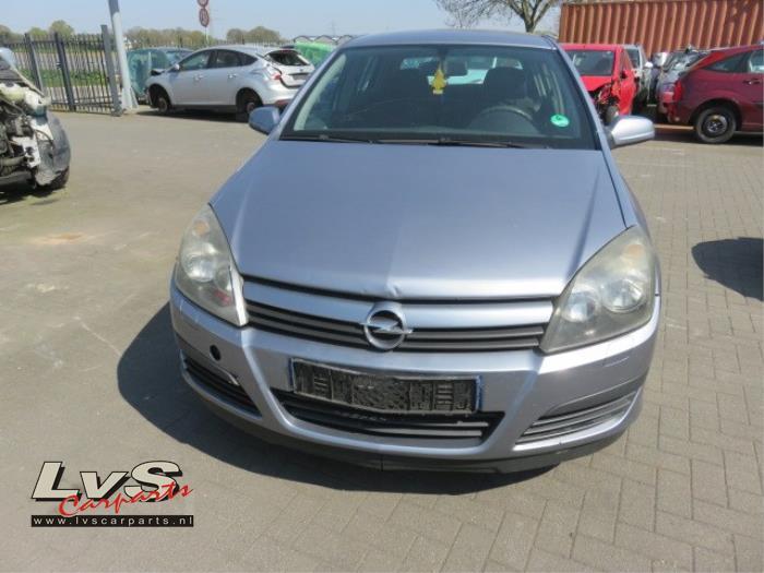 Opel Astra 1.6 16V Twinport 2004-03 / 2006-12