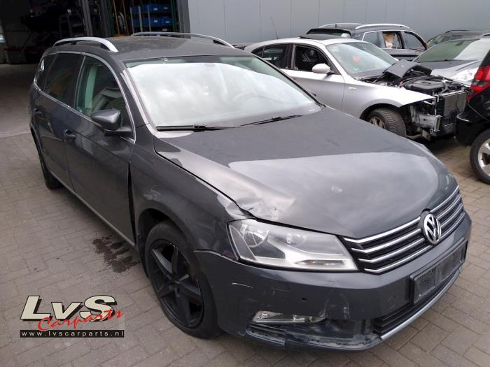 Volkswagen Passat 2.0 TDI 16V 170 4Motion 2010-08 / 2014-12