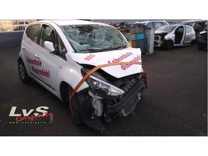 Hyundai IX20 1.6 CRDi 16V VGT 1106-00 / 0-00