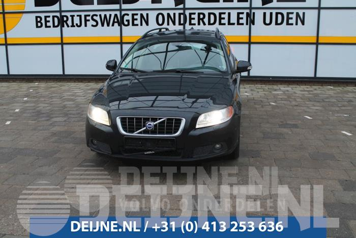 Dorpel links - Volvo V70