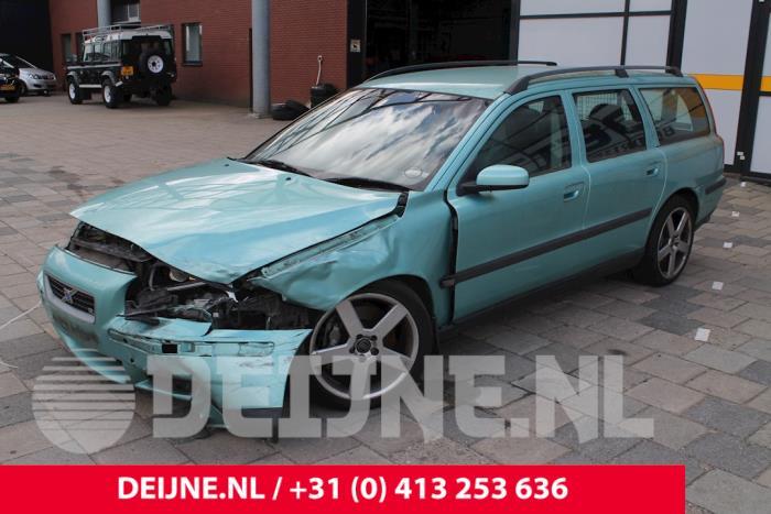 Tussenbak 4x4 - Volvo V70