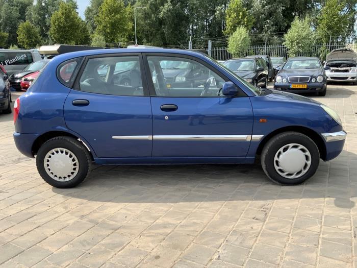 Daihatsu Sirion/Storia 1.0 12V Sloopvoertuig (1999, Blauw)